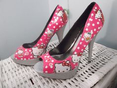 Hello Kitty Decoupage and Glitter High Heel by KapowCouture, £40.00
