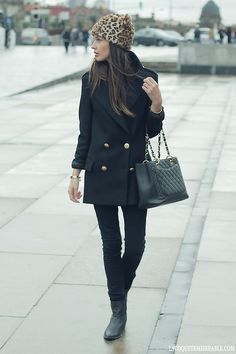 Fab hat, cute boots, great bag w/ a pea coat & jeans. Simple elegance street style