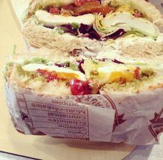 Un #bagel végétarien chez #Bagelstein à Lille Bagels, Cheesesteak, Sandwiches, Tacos, Mexican, Ethnic Recipes, Desserts, Vegetarian Dish, Drinks