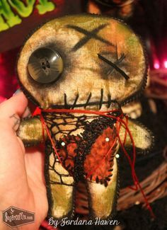 An original handmade voodoo doll, 6 inches tall. One of a kind and handmade by me. Eladio is a voodoo doll that needs a new home, will you adopt him? Very cool as halloween decoration too! Halloween Doll, Holidays Halloween, Halloween Crafts, Halloween Decorations, Halloween Costumes, Voodoo Party, New Orleans Voodoo, Creepy Dolls, Zombie Dolls