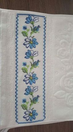 Discover thousands of images about Cross Stitch Bookmarks, Cross Stitch Borders, Cross Stitching, Cross Stitch Patterns, Needle And Thread, Crochet, Hand Embroidery, Needlework, Diy And Crafts