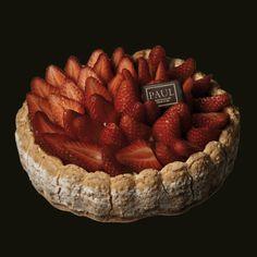 PAUL : Boulangerie et Pâtisserie Française depuis 1889 - COLLECTIONS / Pâtisserie / Charlotte aux fraises