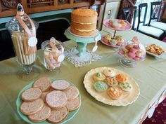 Let them eat cake table by Atypical Type A, via Flickr
