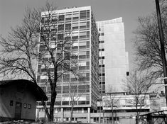 An iconoclastic Swedish architect who blended Brutalism, Mid-Century Modern design, and humanist principles.