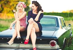 pin up photos with friends - Google Search