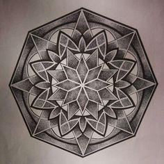 Best Geometric Tattoos And Symbolism Geometric Mandala Tattoo, Sacred Geometry Tattoo, Geometric Sleeve, Mandala Tattoo Design, Mandala Dots, Tattoo Designs, Mandalas Painting, Mandalas Drawing, Chakra Tattoo
