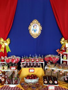 SNOW WHITE SWEET TABLE. BLANCA NIEVES MESA DE DULCES. <3