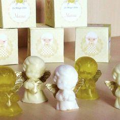 Detalles de jabon de glicerina para bautizos,bodas y comuniones Glycerine soap details for christening, weddings and communions.