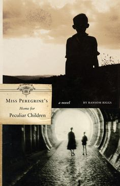 :: Miss Peregrine's Home for Peculiar Children - Faceout Books ::