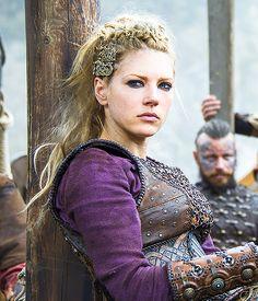 Katheryn Winnick as Lagertha - Vikings season 4 -... |