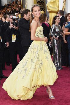 Alicia Vikander's 2016 Oscar dress