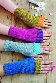 Fingerless Gloves Knitted, Crochet Gloves, Knit Mittens, Knit Or Crochet, Mittens Pattern, Loom Knitting, Hand Knitting, Knitting Patterns, Crochet Patterns