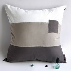 Simple World Knitted Fabric Patch Work Pillow Cushion