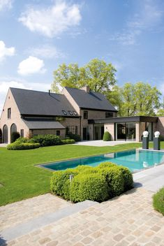 Home Sweet Home - House in Belgium - Contemporary country project - Belgian boxwood