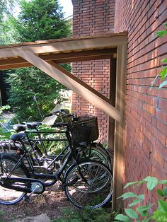 Best Garden Decorations Tips and Tricks You Need to Know - Modern Bicycle Storage Shed, Outdoor Bike Storage, Garden Storage Shed, Bike Shed, Backyard Projects, Outdoor Projects, Back Gardens, Outdoor Gardens, Garage Velo