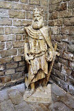 Barcelona Museu Maritim Statue 13th Century - Johnson-Miles photo