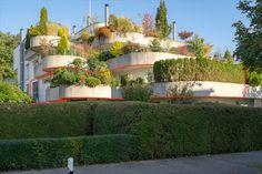 Auf Anfrage senden wir Ihnen gerne eine Dokumentation zu. - Wir freuen uns auf Sie. Martin Zaugg, Dipl. Immobilienmakler Ihr Partner für Bewertung und Verkauf von Immobilien. ☎️ 078 612 88 33 #kloten #flughafen #zürich #bezirkbülch #eigentumswohnung #terrassenwohnung #wohnung #terrasse #wohnungkaufen #kaufen #immobilien #immobilienhandel #martinzaugg #remax #immobiliekaufen #glücklichwohnen #familienfreundlich #attraktivelage #kinderfreundlich #neueszuhause #meinewohnung Partner, Mansions, House Styles, Home Decor, Condominium, Real Estate Agents, Modern Home Design, Decoration Home, Room Decor