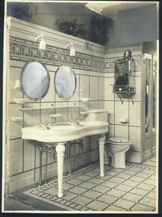 3fd025a6335 Original Herbeau 1928 Bel Epoque lavatory sink in Herbeau France showroom