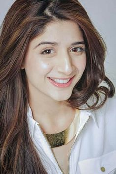 Mawra Hocane Pakistani Model Mawra Hocane Photos Mawra Hocane is a Pakistani celebrity, VJ and model. Hocane made her operating debut in 2012 with the serial Mere Huzoor. In she was nominated… Pakistani Models, Pakistani Girl, Pakistani Actress, Bollywood Actress, Prettiest Actresses, Beautiful Actresses, Beautiful Models, Stylish Girl Images, India Beauty