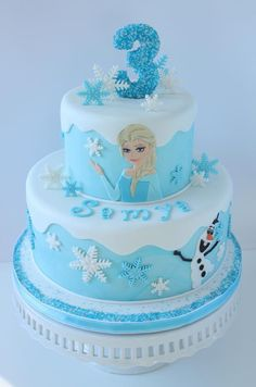 Frozen Cake With Elsa Amp Olaf Frozen cake with Elsa & Olaf Elsa Birthday Cake, Frozen Themed Birthday Cake, Disney Themed Cakes, Frozen Theme Cake, Frozen Themed Birthday Party, Disney Frozen Birthday, Disney Cakes, 4th Birthday, Bolo Frozen