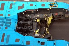 Business end of a GHH towbar-less pushback tractor