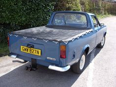 Google Image Result for http://www.devonclassiccars.com/graphics/projects/project-7-34-1975-morris-marina-pick-up-truck.jpg