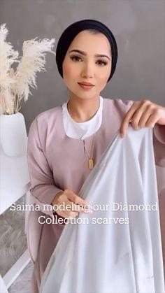 Pashmina Hijab Tutorial, Hijab Style Tutorial, Abaya Fashion, Modest Fashion, How To Wear Hijab, Diy Fashion Hacks, Muslim Women Fashion, Makeup Eye Looks, Hijab Bride