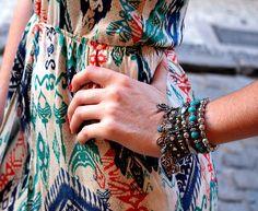A Sense traduz uma moda colorida, alto astral, leve e solta. Uma mistura de sentidos e sensações que promove bem estar ao se vestir.