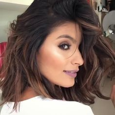 50 Party Hairstyles That Are Fun & Chic for 2019 - Style My Hairs Lazy Day Hairstyles, Hairstyles For Round Faces, Party Hairstyles, Curly Hair Care, Curly Hair Styles, Natural Hair Styles, Celebrity Long Hair, Bombshell Curls, Long Platinum Blonde