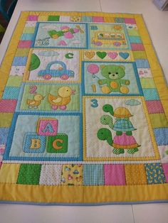 Best 12 64 Ideas For Colchas Patchwork Bebe Pattern Quilt Baby, Baby Patchwork Quilt, Crazy Patchwork, Baby Girl Quilts, Girls Quilts, Cute Quilts, Small Quilts, Mini Quilts, Boys Quilt Patterns