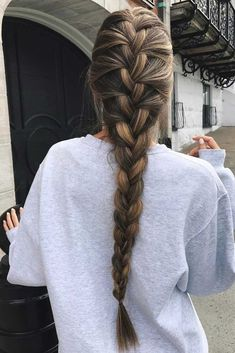 French braid hairstyles are very trendy and fashionable. In different hairstyles, it is best to choose a hairstyle suitable for hair texture and length. French braid hairstyles are also the eternal classic hairstyle, Pretty Braided Hairstyles, French Braid Hairstyles, Box Braids Hairstyles, Braids Long Hair, Loose Braids, Hairstyles Haircuts, French Braid Ponytail, Brown Hairstyles, Hair Updo