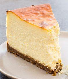 Receta para hacer Tarta de queso al horno Homemade Cheesecake, Easy Cheesecake Recipes, Cheesecake Bites, Pumpkin Cheesecake, Easy Cake Recipes, Real Food Recipes, Dessert Recipes, Desserts, Cupcakes Cheesecake