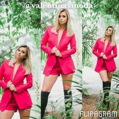 ▶ Reproduzir vídeo do #flipagram Estou apaixonada pela nova coleção, da loja @valentinasmoda: cores lindas, estampas maravilhosas e modelos DIVOS, não tem como não se apaixonar, não é verdade?  @valentinasmoda @valentinasmoda @valentinasmoda @valentinasmoda  #summer15 #sapatos #dieta #chique #deuso #blogger #fashion #glamour #blogitestilos #likes #look #lojas #lookdodia #moda #tendência #verao2015 #blogitsgirlss #lookfashion #meninas #blogueiras #onedirection  #verao15 #summer2015 #beleza…