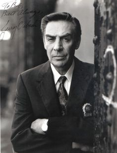 Lennie Briscoe (Jerry Orbach) - my favorite L detective and also, the voice of one of my favorite Disney characters, Lumiere of Beauty and the Beast. Handsome, People, Movie Tv, Movies And Tv Shows, Actor Studio, Jerry Orbach, Hooray For Hollywood, Victims, Special Victims Unit