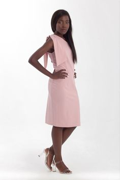 One shoulder midi bodycon dress in soft pink Pink Evening Dress, Formal Evening Dresses, Dress Formal, Dress Prom, Bodycon Dress, Prom Dresses, Pink Pencil Dress, Dress With Bow, Wedding Party Dresses