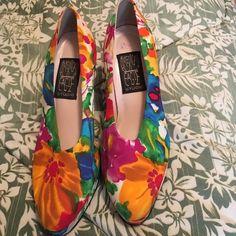 Spring flowers pumps Spring flowers pumps size 7/1/2 by American Eagle Studios American Eagle Studio Shoes Heels