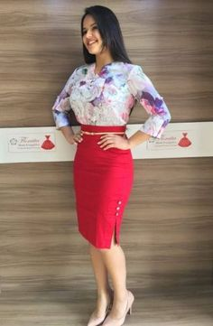 EXECUTIVA - Floratta Modas Office Dresses, Office Outfits, Jw Mode, Modest Fashion, Fashion Dresses, Dress Skirt, Bodycon Dress, Pencil Skirt Outfits, Professional Wear