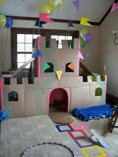 Castillo de carton para princesa