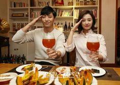 [06/08/2016 ©B.M] Korean Couple, Best Couple, Interracial Asian, Song Joong Ki Birthday, Decendants Of The Sun, Best Kdrama, Korean Drama Series, Hymen, Jin Goo