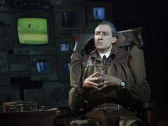 Maggots Beware! Bryce Ryness to Replace Christopher Sieber in Matilda on Broadway | Broadway Buzz | Broadway.com