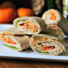 Viva Fiesta Turkey Wrap - Kiss in the Kitchen - Simple & Healthy Recipes Healthy Wraps, Easy Healthy Recipes, Healthy Foods, Healthy Life, Wrap Recipes, Indian Food Recipes, Ethnic Recipes, Whole 30 Crockpot Recipes, Crockpot Meals