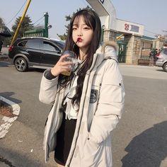 korean girl korean look korean fashion asian look asian style asian girl south korea cute girl Korean Girl Photo, Cute Korean Girl, Asian Girl, Ulzzang Korean Girl, Ulzzang Couple, Ullzang Girls, Cute Girls, Korean Aesthetic, Aesthetic Girl