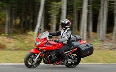 Isabelle: Bandit 650S - Galerie de photos - Moto Journal