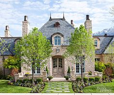 I took the quiz 'What's Your Dream House?' and got 'Quintessential Castle'.