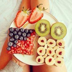 Desayuno nutritivo fruta picada