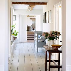 Hallway | Oxfordshire country house | House tour | PHOTO GALLERY | Country Homes and Interiors | Housetohome.co.uk