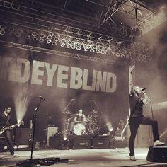 Third Eye Blind. I luv this band.