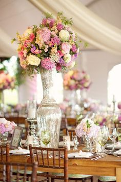 See the rest of this beautiful gallery: http://www.stylemepretty.com/gallery/picture/439794/