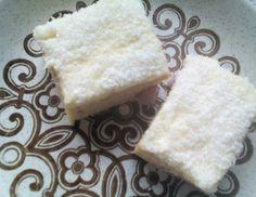 raffaello kuchen blech for your house Sweet Recipes, Dairy, Sweets, Cheese, Desserts, Food, Tiramisu, Barbie, Instagram