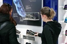 ASICS MetaRun retail concept by Green Room Design » Retail Design Blog